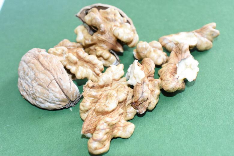 Ποικιλία Καρυδιάς Τιτάν